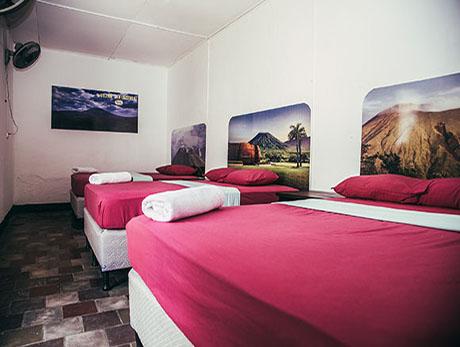 volcano hostel leon